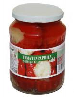 Tomatenpaprika gefüllt mit Kraut
